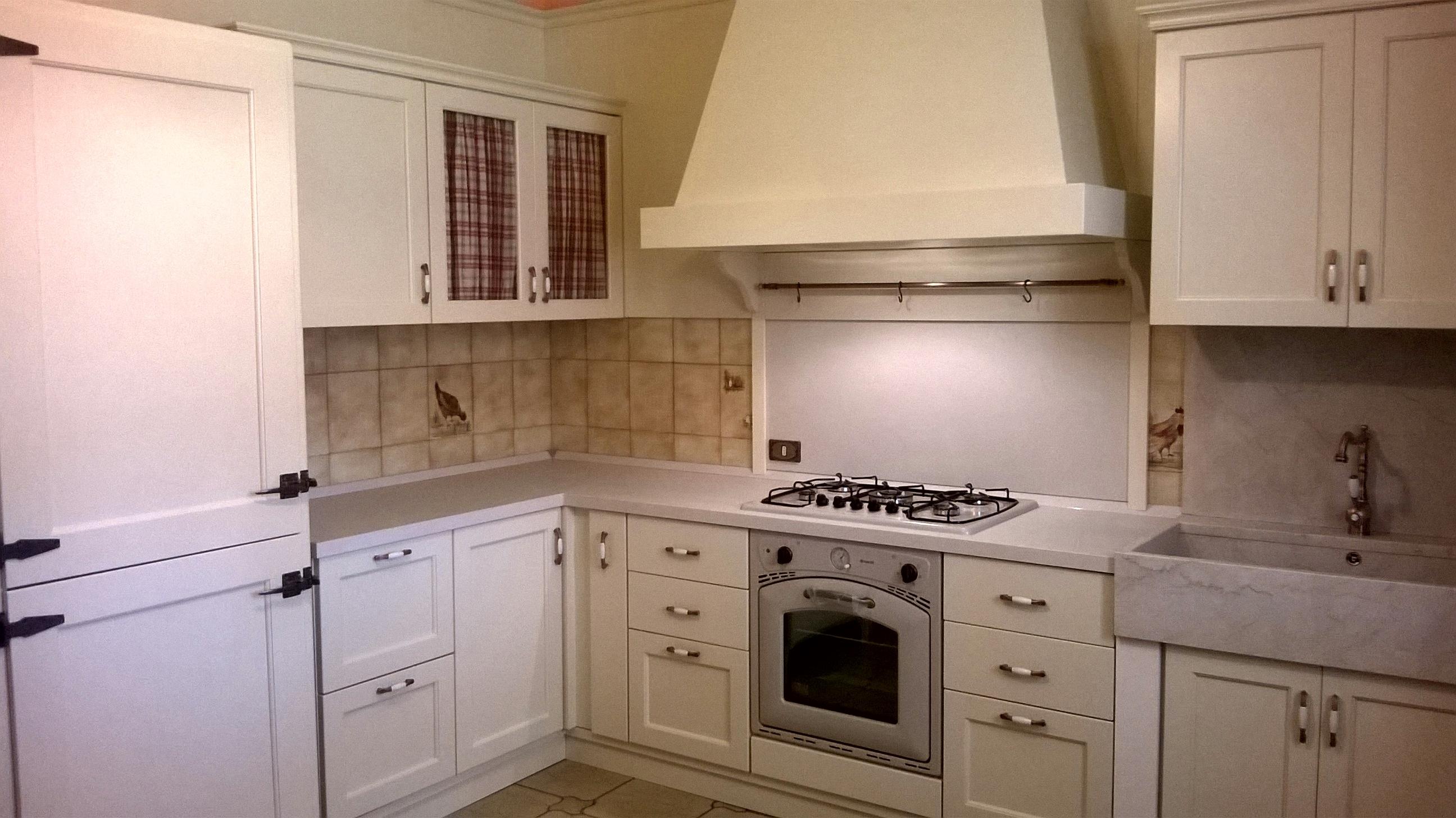 Cucine provenzali colorazioni piano lavoro qualit prezzo - Cucina qualita prezzo ...